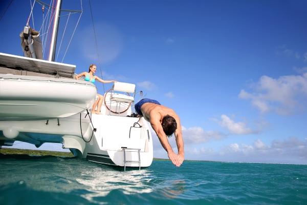Sail by catamaran to Isla Mujeres - Plus Option